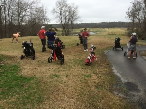 There were quite a few from my golf group who were by themselves for Christmas, so we walked a golf course.